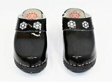 Hanna Andersson Black Patent Leather Snowflake Clogs Euro 34 USA Youth 2 NIB