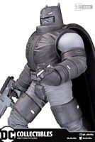 🚨🦇 BATMAN BLACK & WHITE ARMORED BATMAN STATUE Frank Miller Ltd 5000 Pre-Order