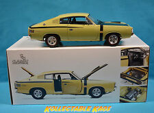 1:18 Classics E38 R/T 'Big Tank' Charger Blonde Olive - BRAND NEW (factory flaw)