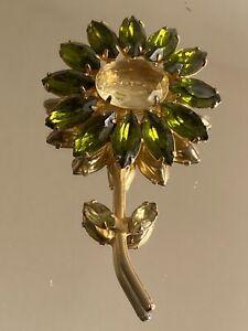 Vintage Juliana Rhinestone Flower Brooch Pin