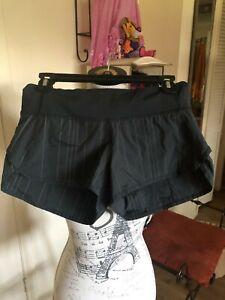 Lululemon Women Shorts Sz 4