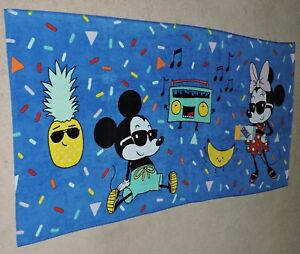 "2019 DISNEY'S MICKEY MOUSE & MINNIE MOUSE ""90 YEARS OF MAGIC"" BEACH TOWEL"