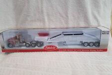 First Gear 1:50 Peterbilt Model 367 avec fond Dump Trailer 50-3220 rouge/blanc