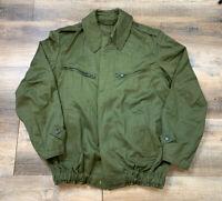 Men's vintage Hungarian Military olive green M65 tanker jacket size 46 SzR1987T