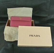 Prada Womens purse Wallet Coin Purse with zipper New in Box