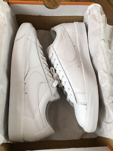 New Nike Womens Trainers Size 7.5 (Blazer Low LE White)