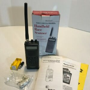 Radio Shack PRO-89 VHF/UHF/AIR 800MHz 200 Channel Handheld Race Scanner with Box