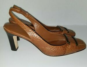 Women's 8M Banana Republic Brown Pebbled Leather Shoes Pump High Block Heel