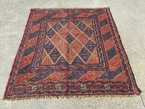 Persian Rug Traditional (103 x 105 cm) 100% Wool Kilim Room Rug Mashwani Rug
