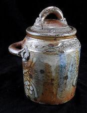 Pot couvert / à tabac en gres par Le don Suzy Atkins