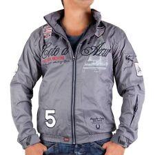 Abrigos y chaquetas de hombre grises Geographical Norway color principal gris