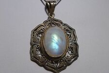 lattice Cut Work Sterling silver pendant Moonstone Handcrafted Vintage 925