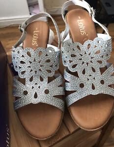 NewGenuine Lotus Silver Diamonte Wedge Sandals Size 5
