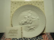 """Vintage ~ Avon ~ """"A Child's Christmas"""" Plate Series ~ 1985 ~ New In Box"""