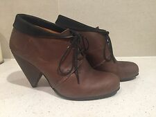 D Co Copenhagen, Lace-up Shoe boot with point cone heel, Brown, leather EU 39