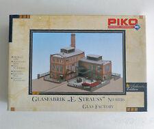 "PIKO 61116 HO H0 1/87 KIT GLAS FACTORY "" E. STRAUSS "" , CENTRAL BUILDING"