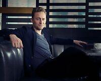 Tom Hiddleston 8x10 Photo #020