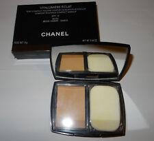 Chanel Vitalumiere Eclat Puder Beige Ambre SPF 10
