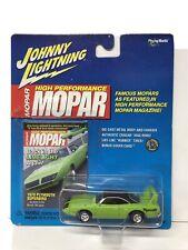 Plymouth super bird green   Mopar magazine  JOHNNY LIGHTNING 2000 1/64 JL