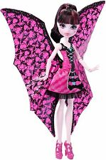 Monster High Ghoul-to-Bat Transformation Draculaura Doll DNX65
