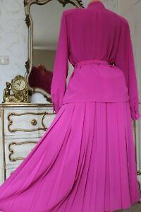 (RL 2)  Vintage SCHON Fuchsia Pink Ladies  2 Piece Suit  Skirt & Jacket Size 12