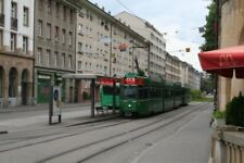 PHOTO  SWITZERLAND BASEL BADISCHE BAHNHOF TRAM NO 672 & 1431