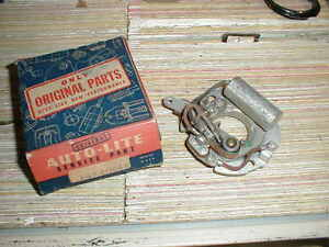 NOS MOPAR 1942-8 CHRYSLER PLYMOUTH DODGE 6 CYLINDER DISTRIBUTOR BREAKER PLATE