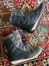 EMU Australia Boots Size 7.5 (7)