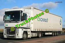Truck Photo TR-00482 Renault  Reg:- ST4483F Op:- CSCargo M20 Dover Lorry Kent