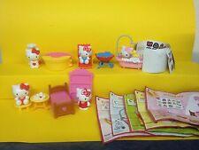 Nuevo conjunto de completamente Hello Kitty maxi huevo Pascua 2015 con todos los bpz