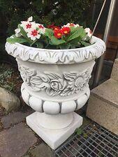 Steinfigur Übertopf Pflanzgefäß 26x26cm 16kg Steinguss Gartendeko Pflanzkübel