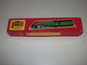 Hornby Dublo Golden Fleece 2 rail locomotive box only used condition or spare