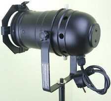 4 x PAR-30 Spot Schwarz mit E27 Fassung u. Stecker PAR 30 Scheinwerfer Spotlight