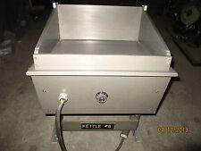 LIPSTICK MELTING MACHINE TECNICOIL MODEL F8-7.50C3R