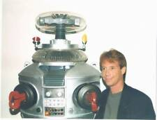 1997 Lost In Space 8x10 color photo of Bill Mumy & The Robot at Lis celebration.
