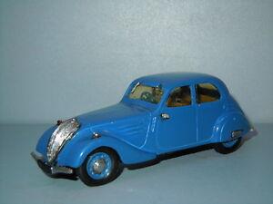 1938 Peugeot 402 B Legere van Idem France