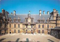 BT4889 Chateau d Ecouen facade nord sur cour France