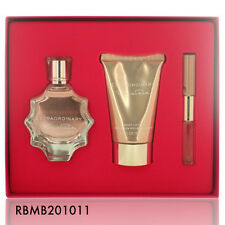 EXTRAORDINARY for Women Oscar de la Renta Eau de Parfum Spray 3.0 oz - GIFT SET