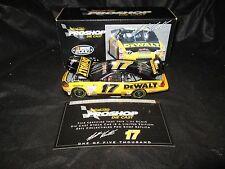 ERTL Pro Shop NASCAR 1:24 Matt Kenseth #17 Dewalt 2000 Ford Taurus