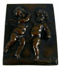 Plaque en relief bronze signée Clodion, Putti, chérubins, excellent état.