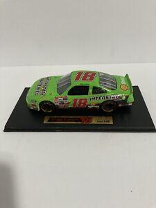 1:43 Bobby Labonte 18 Die Cast NASCAR