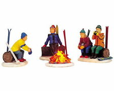 Lemax Vail Village Lighted Skiers' Flickering Camp Fire - Set of 4 *New*