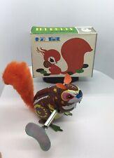 1960s Vintage Mechanical CLOCKWORK SQUIRREL Wind-Up Toy Key BOX China MS754 Tin