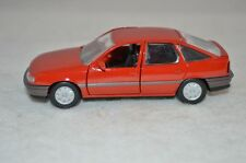GAMA 1162 Opel Vectra 5 turig red  1:43  perfect mint condition