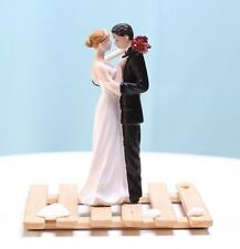 Tender Moment Couple Figurine Funny Cake Toppers decoration for wedding favor