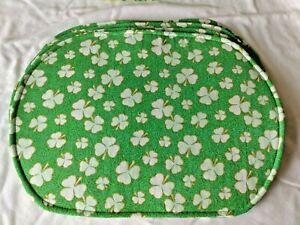 St. Patrick's Day Holiday  White Shamrocks Green Gold Set 4 Oval Placemats