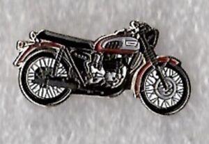 Triumph motorcycle pin badge. Shaped motorbike. Metal. Enamel. British Biker