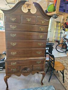 Ethan Allen Georgian Court Antique Mahagony Highboy 11 Drawer Dresser