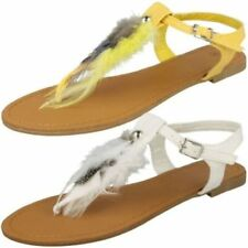 Calzado de mujer sandalias con tiras planos de color principal amarillo