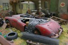 Austin Healey 3000 Umbau Diorama Scheunenfund 1:18 barn find the pig